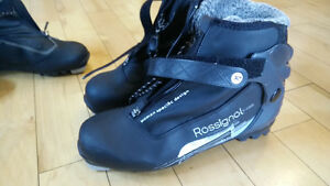 Women's NNN X-Country Ski Boots - Size 12 (Eur 43) Rossignol X5