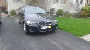 2011 BMW 3-Series 323i Sedan