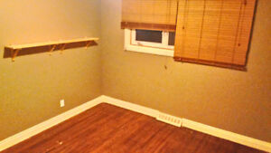ROOM for rent close to Heritage Station