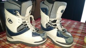 Snowboard Boots size 5 Cambridge Kitchener Area image 1