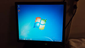 "Used Acer 17"" LCD Computer Monitor for Sale"