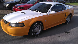 Ford mustang 2001 1500$