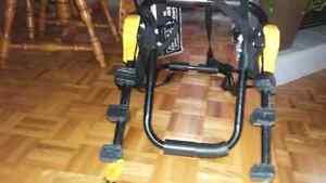 AUBAINE rack pour 3 vélo neuf