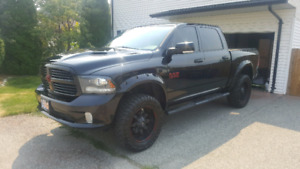 Lifted 2013 dodge ram 1500