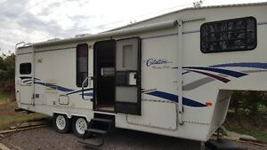 For Sale: 2000 28ft Citation Fifth wheel trave trailer