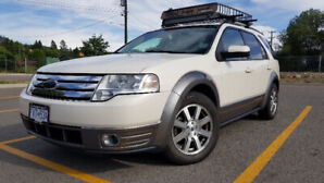 FORD TAURUS X.  DONT MISS OUT!!