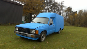 1984 Toyota Diesel Pick up RARE Good Condition