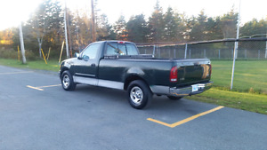 2002 Ford F-150    2WD