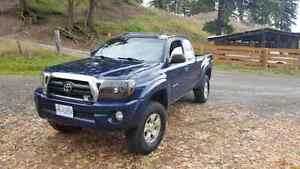 06 Toyota Tacoma TRD Offroad with Locker!