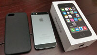 *UNLOCKED-Barely used iPhone 5s 16GB