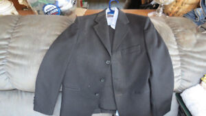 boys suit size 14