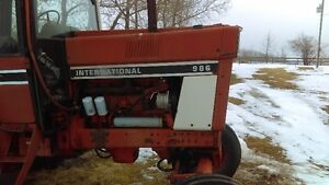 Wanted 986 International Tractor parts