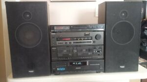 TECHNICS COMPONENT STEREO SYSTEM - IPOD / SMARTPHONE READY!