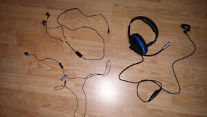 3 headsets