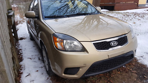 2011 kia rio passed inspection has new battery looking for $2400
