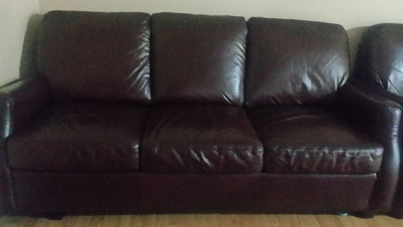 Brown leather sofa chairs recliners mississauga for Sectional sofa kijiji brampton
