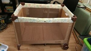 Playpen Park Baby pack and play