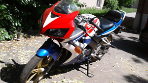 2009 Honda CBR 125R PRICE REDUCED