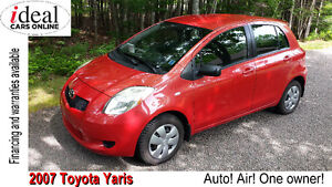 2007 Toyota Yaris LE Hatchback---Auto!--Air!!--One Owner!!