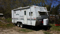 21ft - Wilderness - Travel Trailer - very good condition