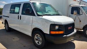 2007 GMC Savana Minivan, Van