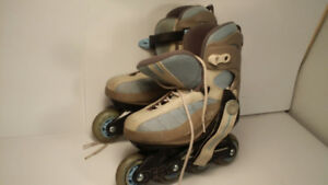 *patin a roulettes - DECATHLON - femme taille 7*