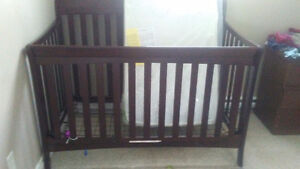 Great condition Crib and Brad New Mattress!!