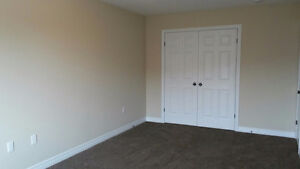Rooms Available for Rent in South End OF Guelph! London Ontario image 5