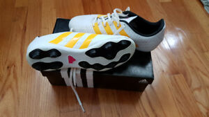 Size 7 Women's Soccer Cleats - Adidas Ace 16.4 FxG