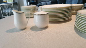 Bone China Mikasa Wellesley #107