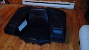 AN ATV STORAGE BOX/SEAT