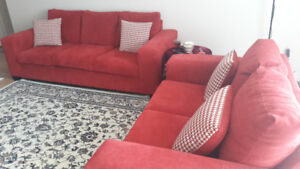 Beautiful and new sofa set in very good price