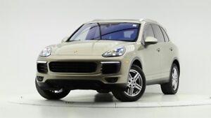 2016 Porsche Cayenne w/ Tip