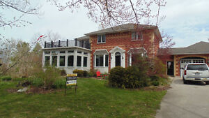 Spectacular Country Home outside GODERICH
