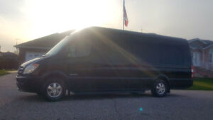 MERCEDES SPRINTER & LINCOLN  MKT LIMO / LIMOUSINES FOR SALE