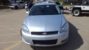 11 Impala - 4 door - auto - LOADED - A/C - ONLY 105,000KMS Edmonton Edmonton Area image 4