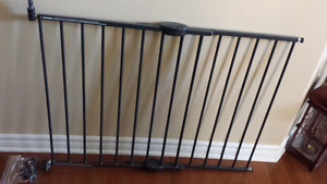 Metal 2-way baby gate