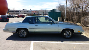 Oldsmobile Cutlass Supreme Brougham 1981