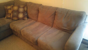 MINT-CONDITION SECTIONAL!