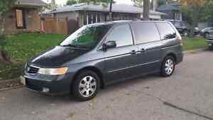 2003 Honda Odyssey EX.