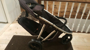 Phil and Ted's vibe stroller
