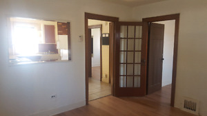 Main level of a Duplex -- Free laundry -- Private entrance