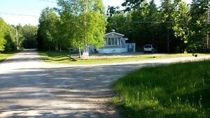 MOBILE HOME ON OWNED LOT AT EMMA LAKE - KEYSTONE PARK