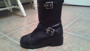 Motorcycle Boots (Ladies)