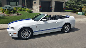 2014 Ford Mustang Convertible, nicest body style, as new, trade