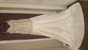 New wedding dress with tags size 12 Maggie Sottera