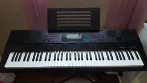 Casio Wk-6500 Keyboard and Stand