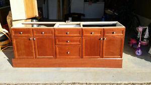 Double sink vanity great shape