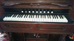 Antique Pump Organ 1928