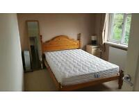 All inclusive Double bedroom with garden.